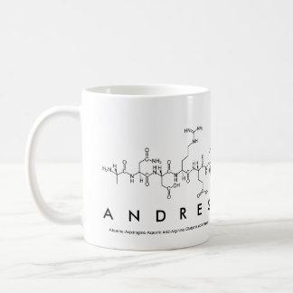 Taza del nombre del péptido de Andres