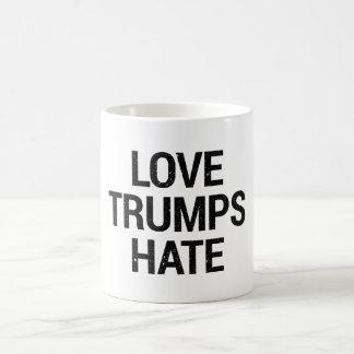 Taza del odio de los triunfos del amor