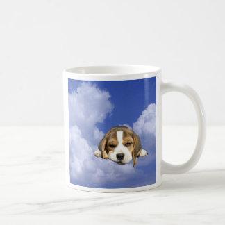 Taza del perrito del beagle