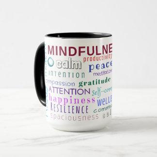 Taza del revoltijo de la palabra del Mindfulness