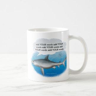 Taza del tiburón que habla
