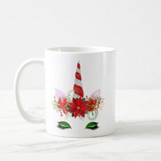 Taza del unicornio del navidad