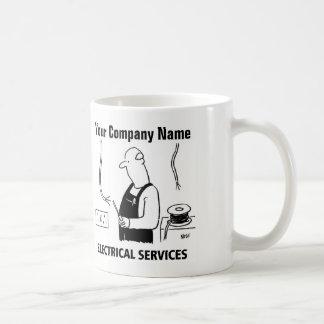 Taza eléctrica del dibujo animado de los servicios