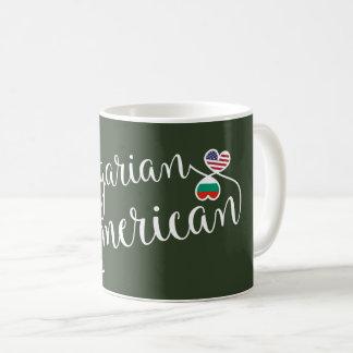 Taza entrelazada americano búlgaro de los