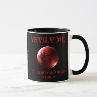 Taza Es un mundial rojo y negro