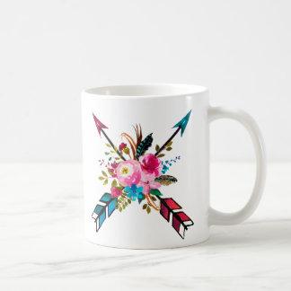 Taza floral bohemia de la flecha