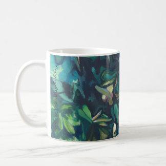 Taza floral de cerámica de la magnolia tropical