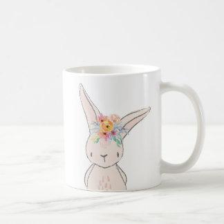 Taza floral de la taza de café del conejo de