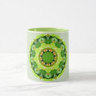 Taza Fractal verde de Spikey Succulant
