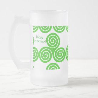 Taza helada St Patrick feliz de Triskel del