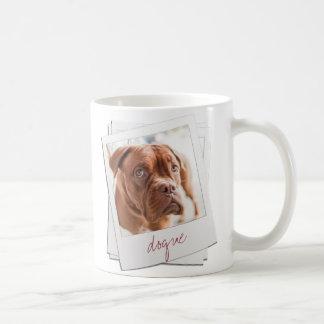 Taza inmediata retra de la foto del perro casero