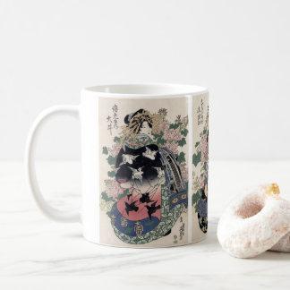 Taza japonesa de la impresión del geisha de Eisen
