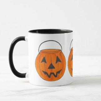 Taza Levante la calabaza de Halloween del truco o de la