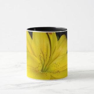 Taza Lirio amarillo