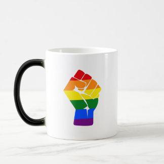 Taza Mágica Protesta aumentada arco iris del puño del #Resist