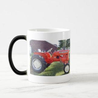 Taza Mágica Tractor de la serie D-12 III de Allis-Chalmers