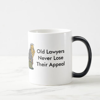 Taza Mágica Viejos abogados