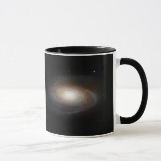 Taza magnífica de la galaxia espiral M81 del