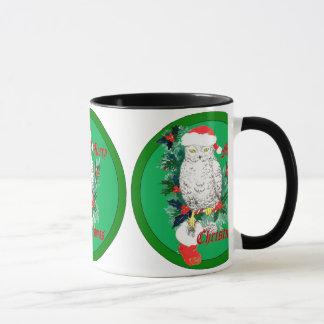 Taza Media y acebo del búho del navidad diseñados