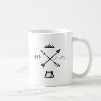 Taza minimalista del símbolo del desierto