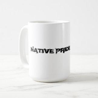 Taza nativa del orgullo