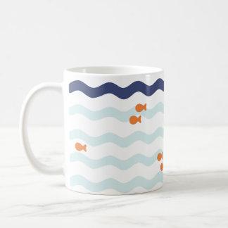 Taza náutica de la onda del modelo del Goldfish