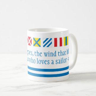 Taza náutica de la tostada de las señales