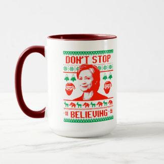 Taza Navidad de Hillary - no pare el creer -
