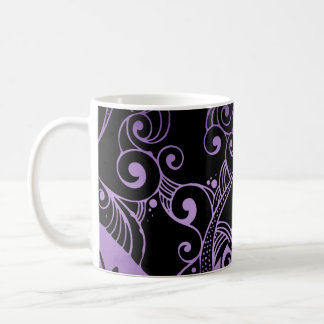 Taza negra y púrpura ornamental