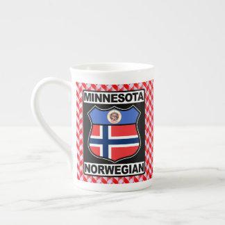 Taza noruega del americano del Minnesotan