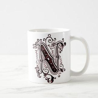 Taza ornamental de N del vintage -