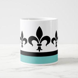 Taza ostentosa del jumbo de la flor de lis de la a taza grande