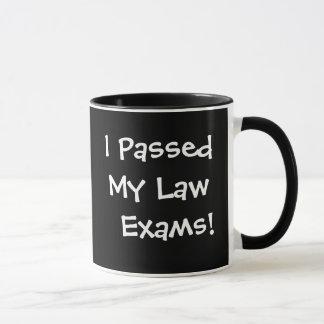 Taza Pasó mi celebración de los exámenes de la ley de