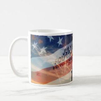 Taza patriótica de los E.E.U.U. de la libertad de