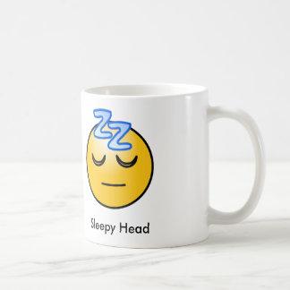 Taza principal soñolienta del Emoticon