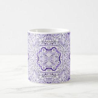 Taza púrpura del modelo del Watercolour de Arbella