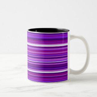 Taza rayada violeta