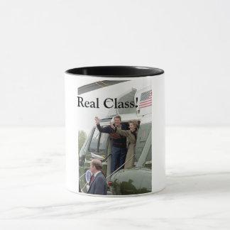 Taza real de la clase de Ronald Reagan