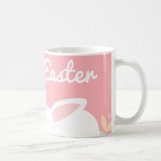 Taza rosada de Pascua del conejito