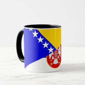 Taza símbolo del país de la bandera de Serbia Bosnia y
