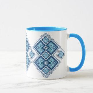 Taza Vyshyvanka ucraniano del azul del bordado