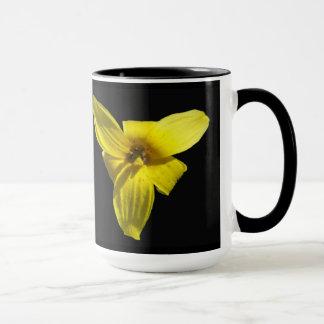 Tazas de café del lirio de trucha