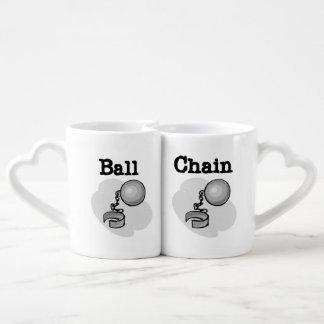 Tazas de los amantes de bola y de la cadena
