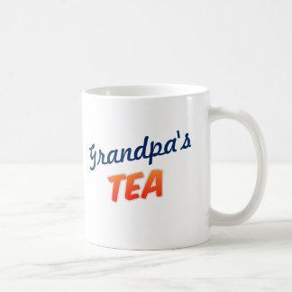 Té útil un abuelo de la taza del azúcar