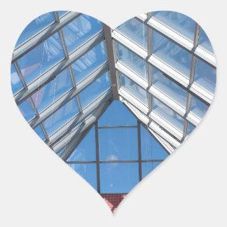 Tejado transparente del centro comercial pegatina en forma de corazón