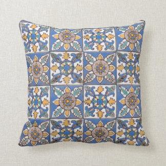 Tejas color nata hechas a mano de la pared del cojín decorativo
