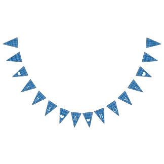 Tela escocesa azul su un empavesado de la bandera