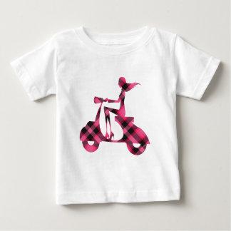 tela escocesa del negro del rosa de la vespa del camiseta de bebé