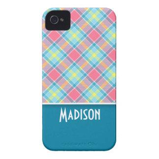 Tela escocesa rosada y azul linda Case-Mate iPhone 4 fundas