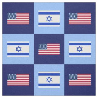 Tela Estados Unidos señalan por medio de una bandera,